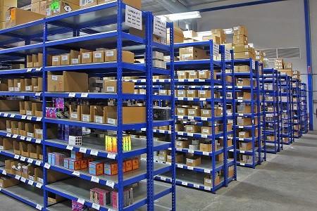 estanterias metalicas para equipar un almacen