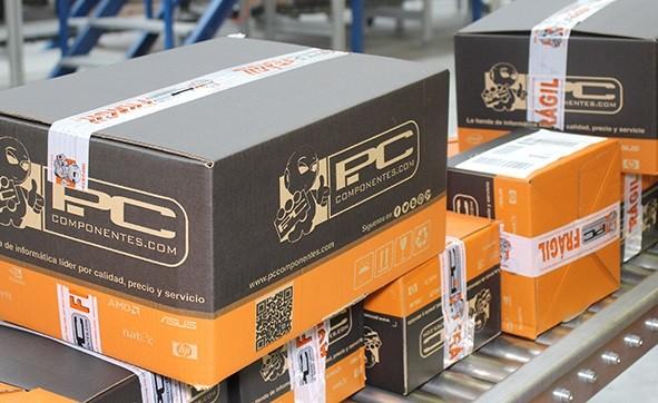 cajas de carton personalizadas con colores corporativos
